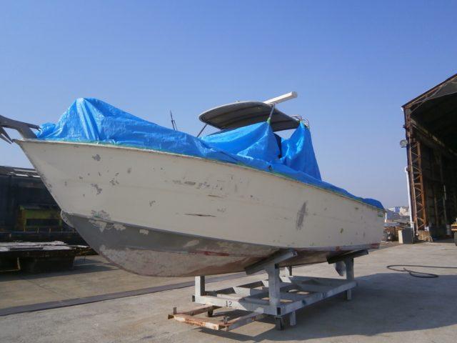 中古ボート『PONAM26』船底をサンドブラスト!